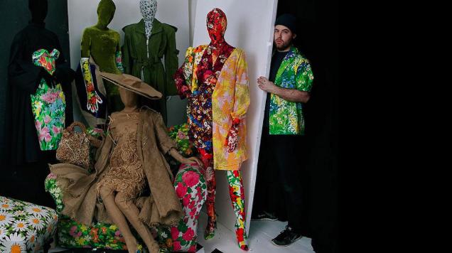 Who the hell is Richard Quinn, a proč právě on tvoří novou kolekci pro H&M?!